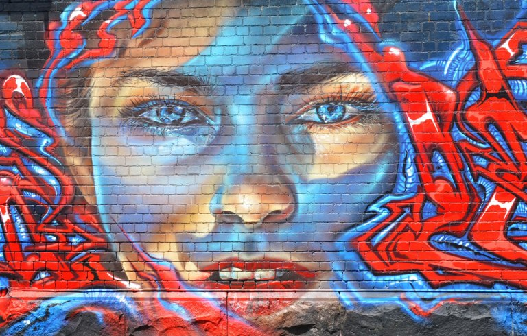 blog_face_red_blue