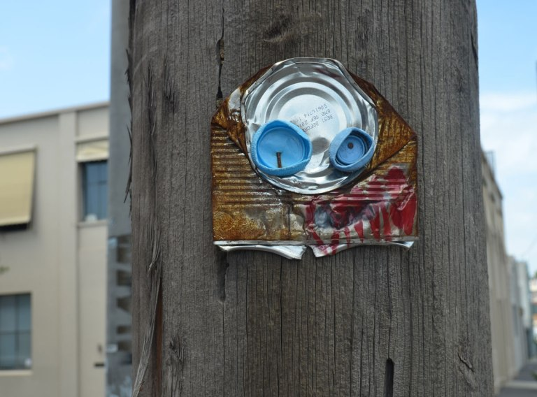 blog_junky_blue_eyes