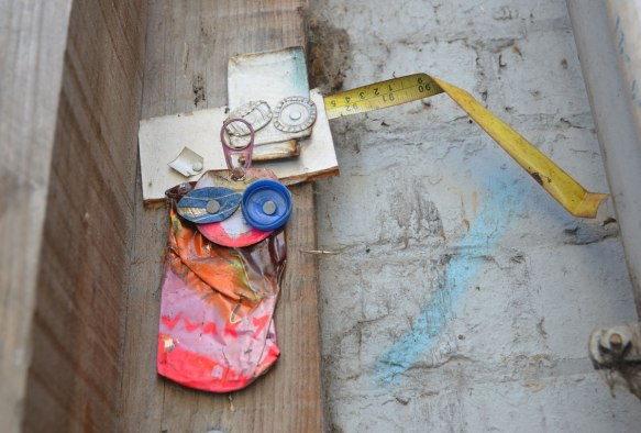 blog_junky_two_measuring_tape