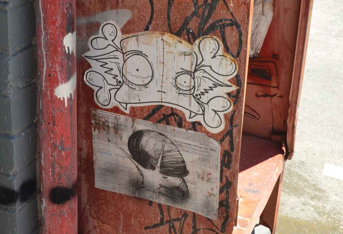 blog_snail_paper_graffiti