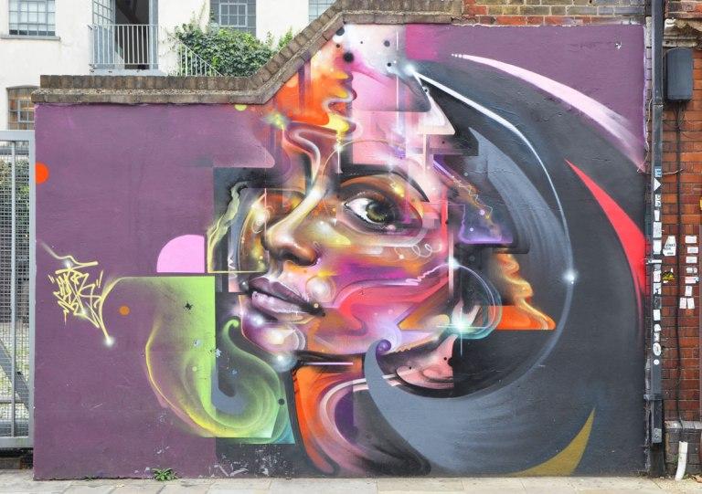 blog_mural_woman_face_magenta