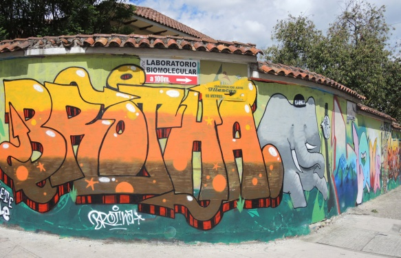 large brotha throw-up in orange and yellow